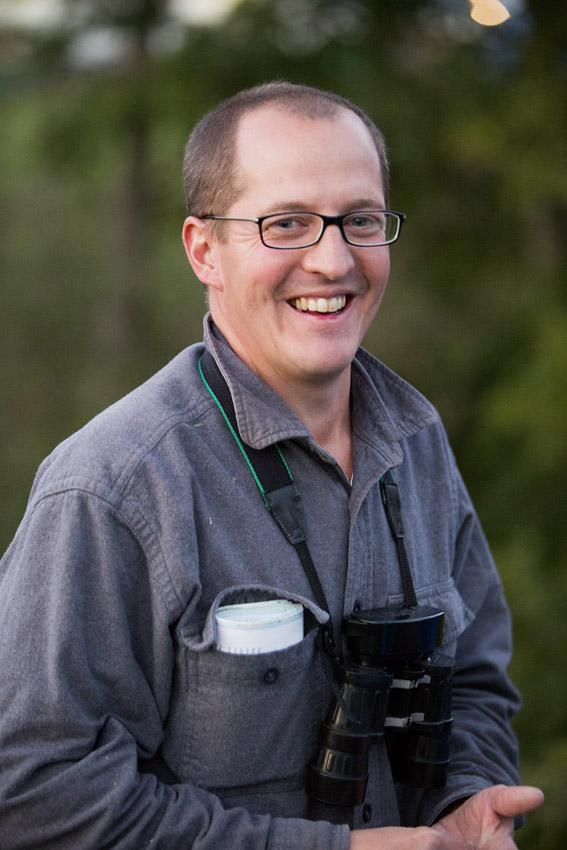Eric spanar gärna på fåglar vid Säveån tillsammans med sina barn