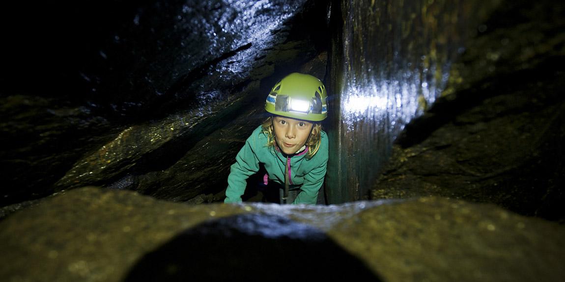 Grottkrypning 20 min från Göteborgs centrum